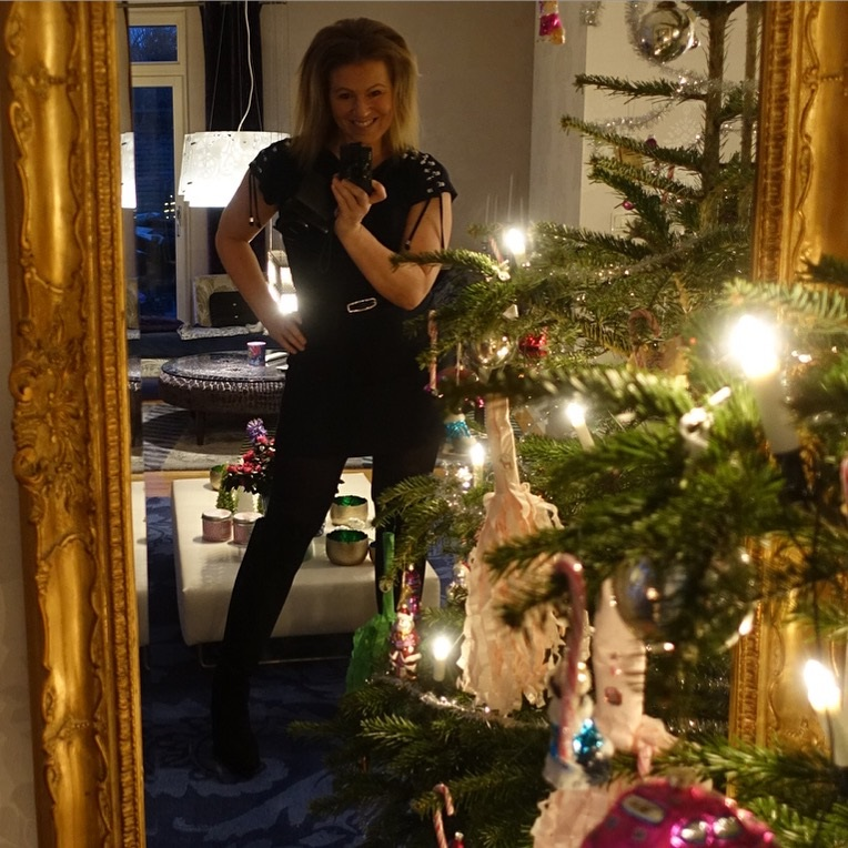 70e2d81b68f5 Outfit på Nyår! – pretty home blog