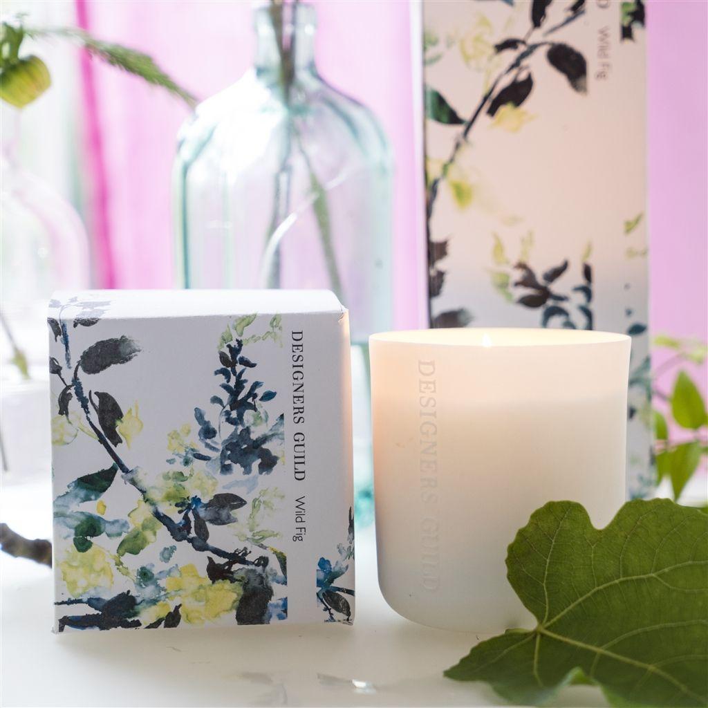 Fint med doftljus och vackra necessärer – pretty home blog