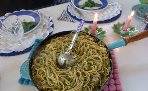 Magisk pasta med Pesto och squash