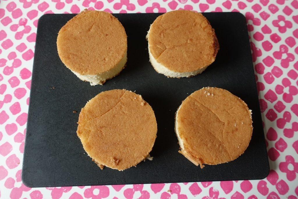 Små runda tårtbottnar